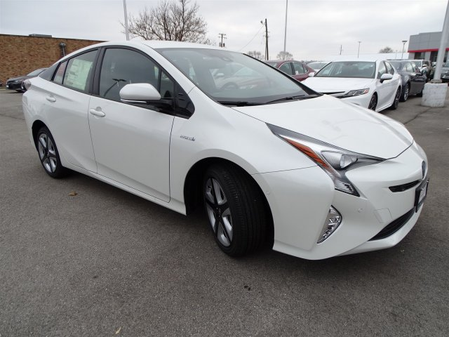New 2018 Toyota Prius Four Touring With Navigation
