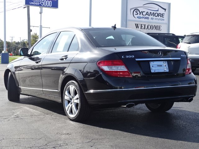 Pre-Owned 2009 Mercedes-Benz C-Class 3.0L Luxury