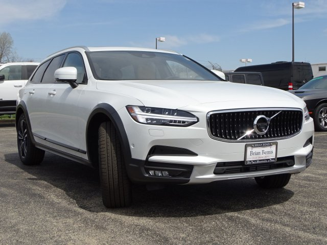 New 2019 Volvo V90 Cross Country