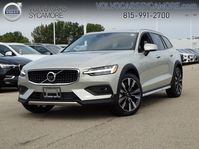 New 2020 Volvo V60 Cross Country With Navigation Awd